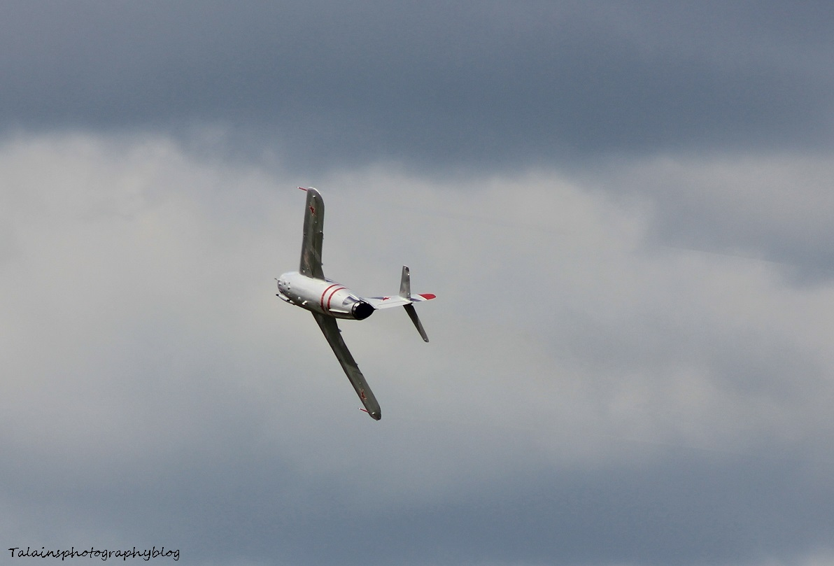 R.A.S. 282 Mig-17