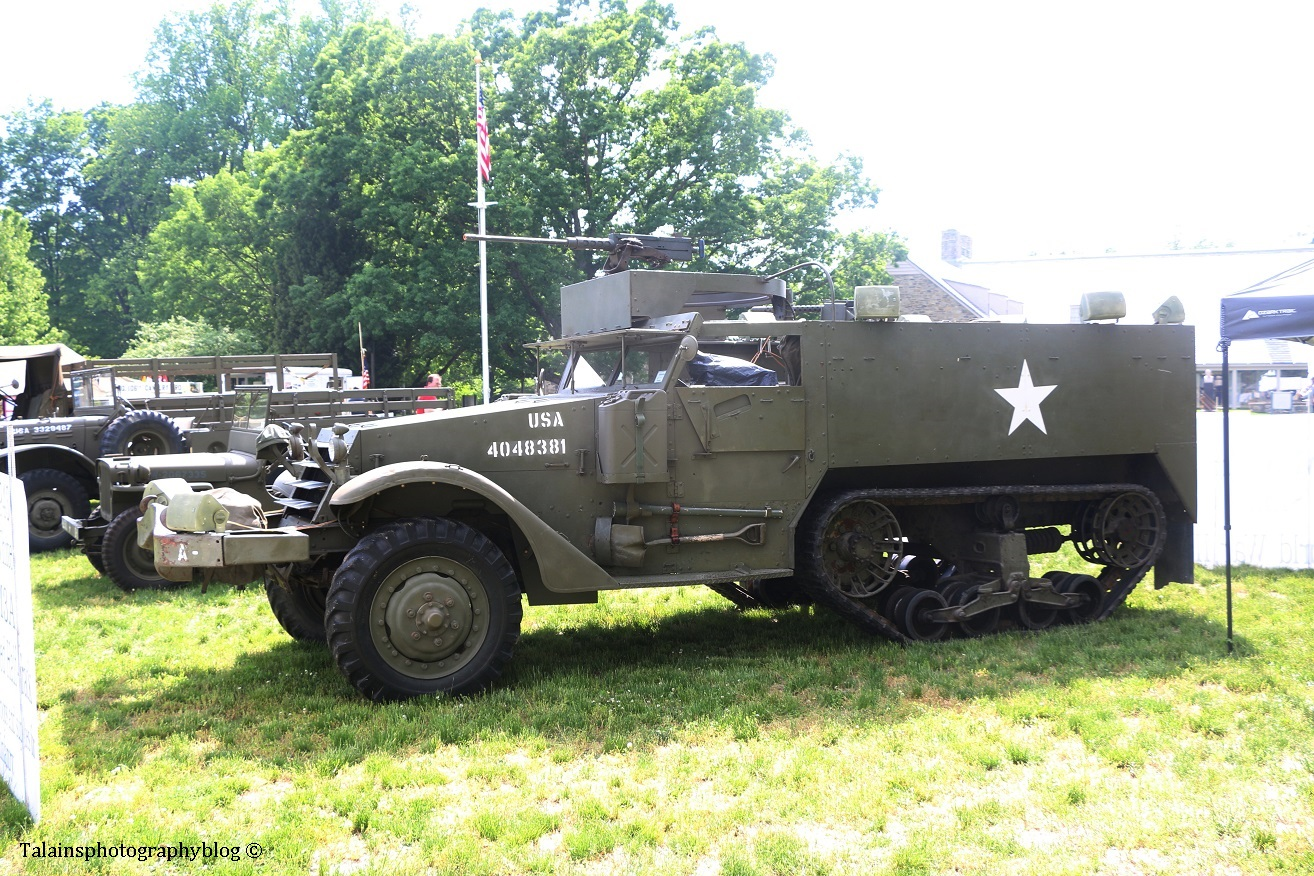 military-older-vehicles-003