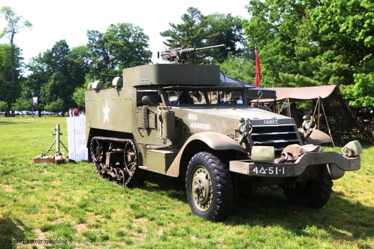 military-older-vehicles-004
