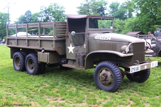 military-older-vehicles-011