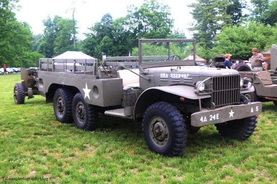 military-older-vehicles-012