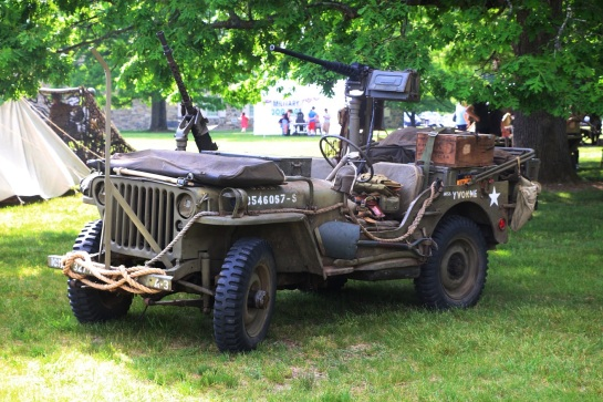 military-older-vehicles-014