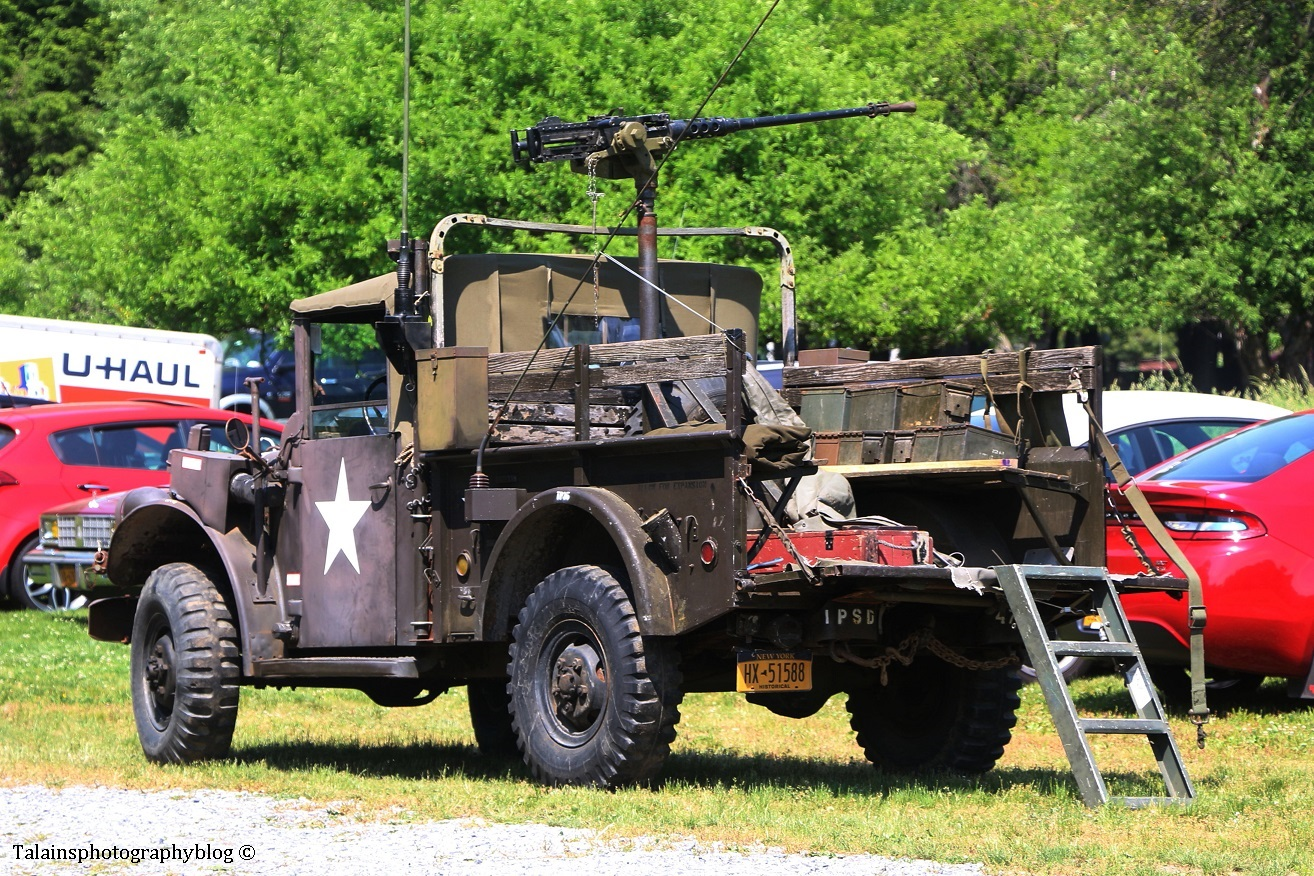 military-older-vehicles-019