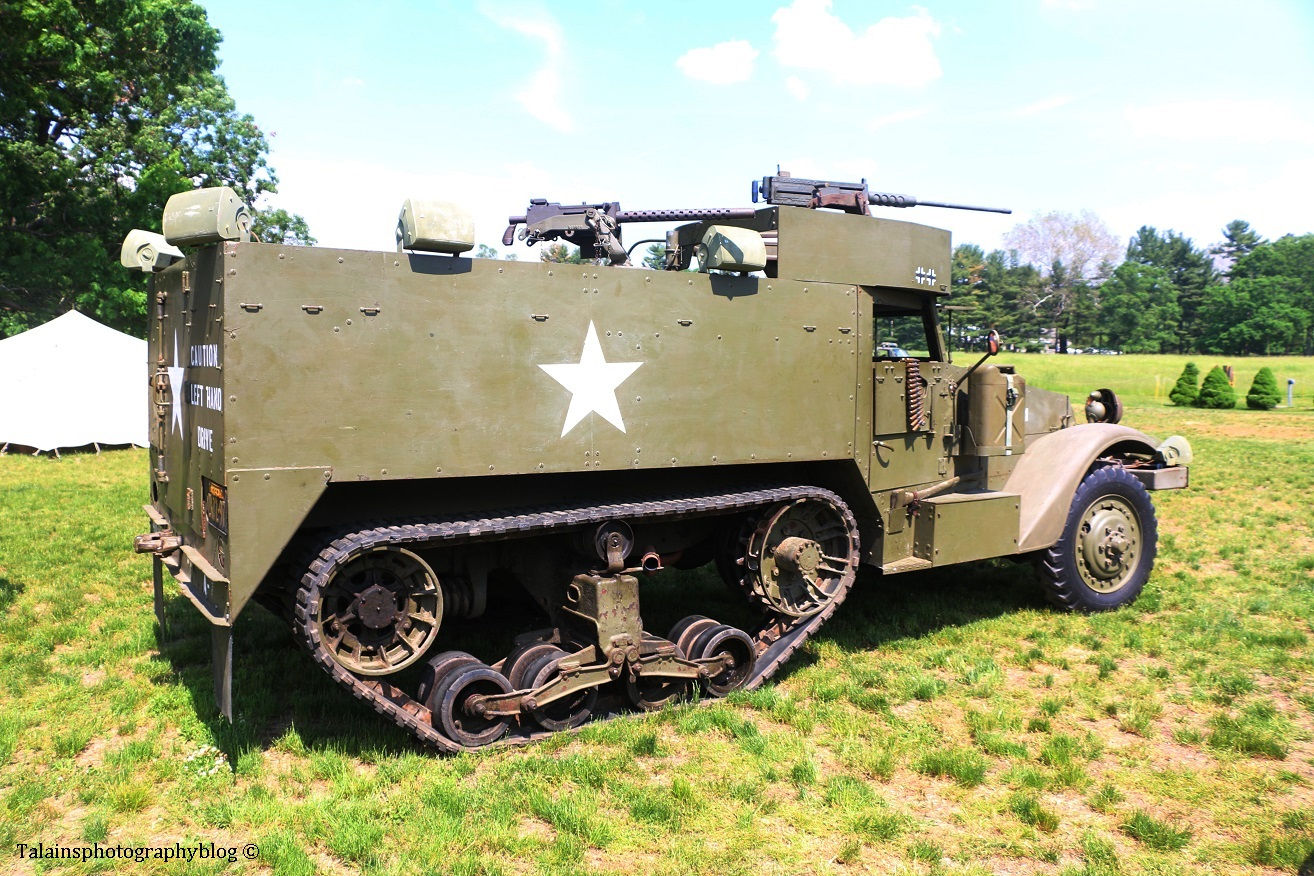 military-older-vehicles-022